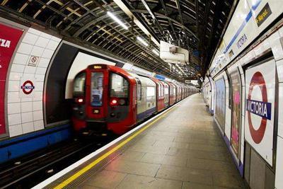 终于有网了 伦敦地铁计划在2020年中期接入4G