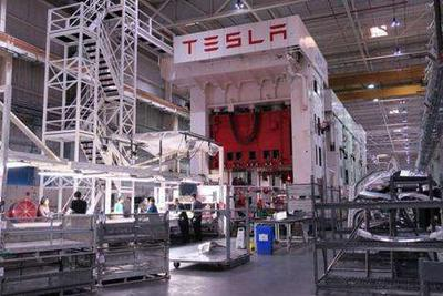 特斯拉上海工厂年内投产 零部件产业链谁将受益_网赚新闻网