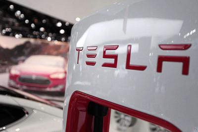 特斯拉上线全自动驾驶功能 销售:何时能用还不知道|特斯拉|Model 3_新浪科技_新浪网