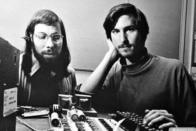 苹果联合创始人沃兹尼亚克:苹果早应拆分