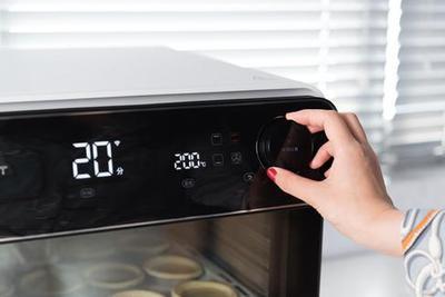 """TOKIT智能电烤箱体验:会""""自拍""""的电烤箱"""