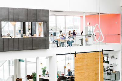 揭秘Airbnb上市计划:内部员工要求变现 关系紧张