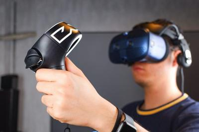 HTC Vive Cosmos评测:冲击本世代最爽快的VR头显