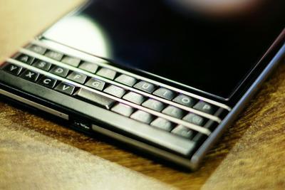 科技趋势有迹可循 从黑莓看未来智能手机