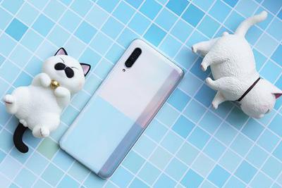 三星在上海开设中国最大旗舰店 还发布了A90 5G手机