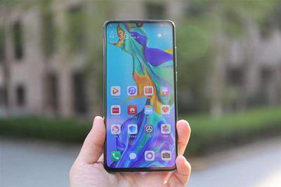曝华为P40有鸿蒙和Android两个版本 后置五个摄像头