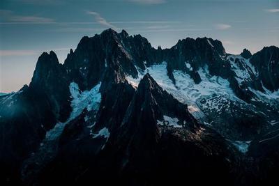 瑞士冰川5年减10%:已有超500座冰川消失