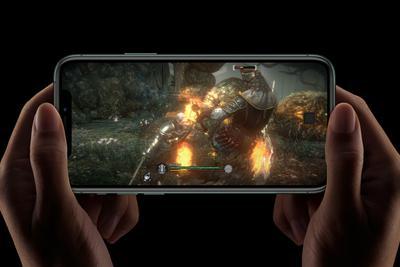 iPhone 11S拥有三款OLED机型 由三星和LG供应屏幕