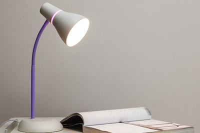 你家的台灯合格吗?买护眼灯你应该看准这些参数