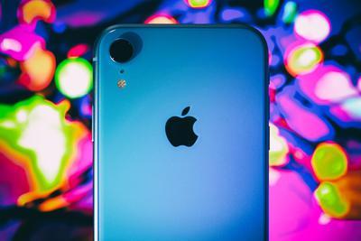 """外媒:入门级iPhone表现优秀 苹果应发力""""中端机"""""""