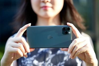 iPhone 12终于要用Type-C口?新机不配有线耳机