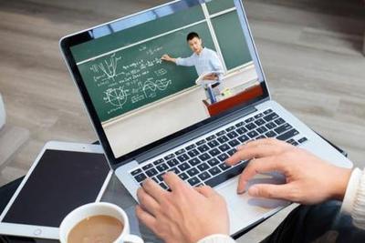 教育部等五部门:完善国家中小学网络云平台建设 高质量开发资源