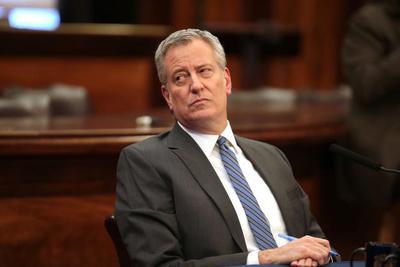 纽约市长白思豪下令调查亚马逊 解雇仓库工人或违法