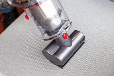 戴森最强吸尘器来了 原来做家务也能很开心