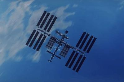 SpaceX载人飞船升空 太空经济迎新机遇