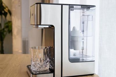 评BWT小黑钻速热净饮机:一款让我摆脱快乐水的饮水机