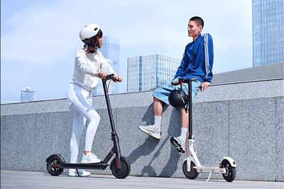 小米与梅赛德斯合作推出电动滑板车Pro 2特别版