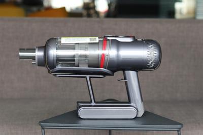 小狗T12 Pro无线吸尘器评测:能吸能拖 轻巧实用