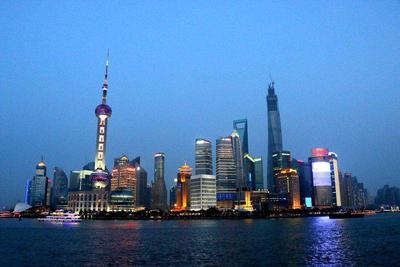 """上海""""抢人"""":创投人才可直接落户"""