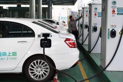 新能源车充电何时不再打游击