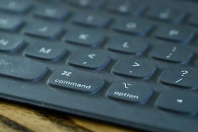 新专利显示未来iPad织物智能键盘可能具有背光设计
