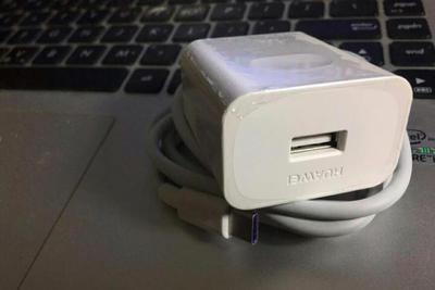 福建泉州质监局:买到的华为充电器是假的,已对冒名厂商立案调查