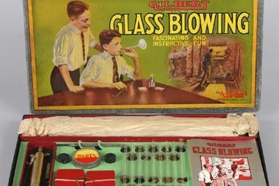 致命核原料做成儿童玩具,上世纪玩具公司对小朋友「下手」能有多狠