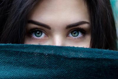 想在你的睫毛上荡秋千 | 睫毛长度与吸引力的关系
