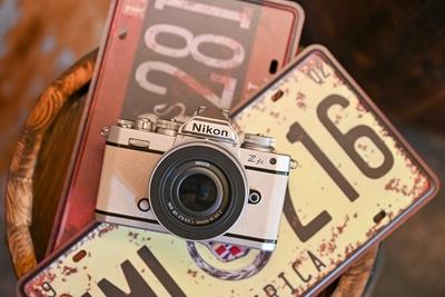 6499元高颜值复古相机 尼康Z fc开发者访谈
