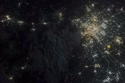 聂海胜太空拍北京夜景有一个亮点:原来是大兴机场