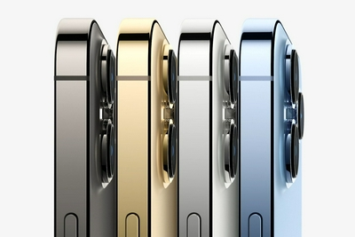 """苹果新机预购开启:""""远峰蓝""""十分钟卖光1TB顶配也畅销"""