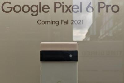 谷歌Pixel 6系列在纽约谷歌商店展出:Pro版将搭载专用长焦模组