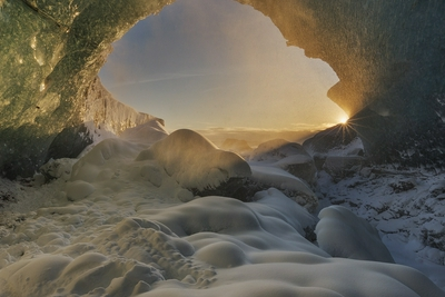 科学好故事|格陵兰岛的隐秘洞穴关乎人类的过去和未来