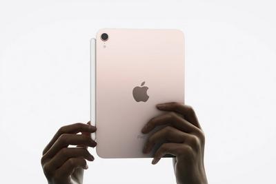iPhone13遭火爆抢购 百家苹果概念上市公司有望受益