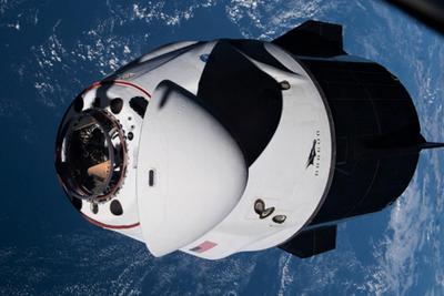 SpaceX载人龙飞船将于11月进行首次绕空间站飞行