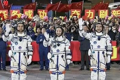 """神舟十三号成功发射,美国主流媒体刷屏关注,罕见""""花式称赞""""……"""