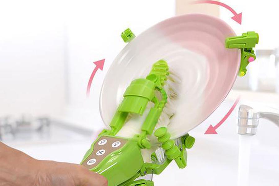 日本奇葩发明,手持式电动洗碗器