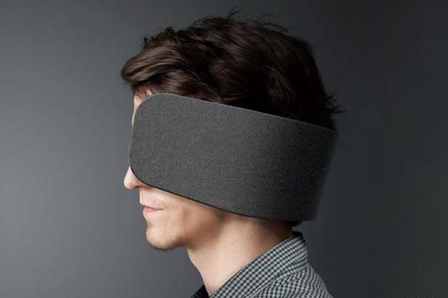 想暗示别人走开我很忙 松下表示戴上这个眼罩试试?