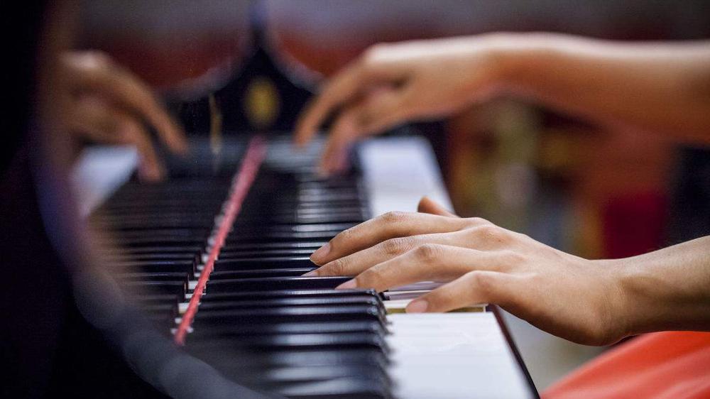 谷歌AI钢琴精灵:只需八个按键 摇身一变成郎朗