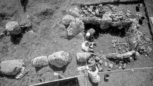 科学家揭秘巨石阵 DNA测序显示当时为父系社会DNA测序巨石阵遗址