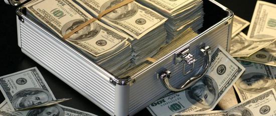 大跌之前科技巨头已囤积5700亿现金 比会赚钱还会攒钱