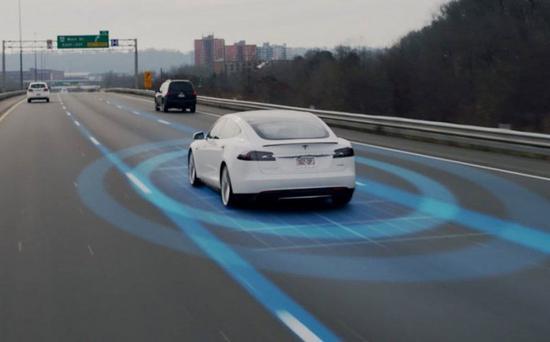 马斯克:特斯拉的完全自动驾驶功