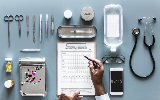 为什么Google , Amazon 想要我们的医疗数据?