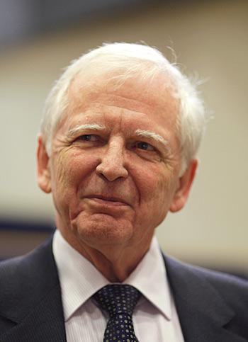 ▲德国科学家豪森因为发现HPV病毒会引发宫颈癌获得了2008年诺贝尔生理学或医学奖。(来源:Nobelprize.org)