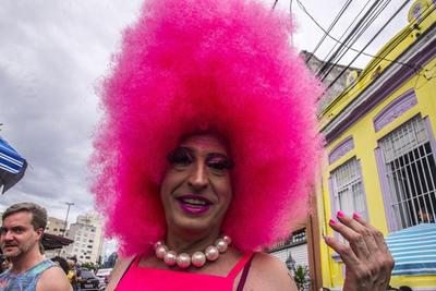数据显示巴西女科学家因性别歧视所获科研资金少