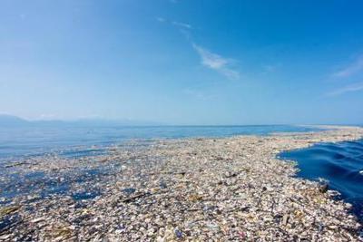 """塑料垃圾带来生存危机 """"垃圾群岛共和国""""警示"""