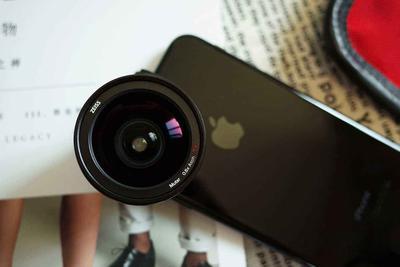 苹果新专利曝光:新iPhone有望配备外置镜头
