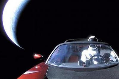 被发射到太空的特斯拉去哪儿了?这个网站告诉你