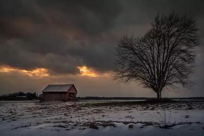 当闪电遇到暴风雪:雷打雪现象的成因 冬季发生更危险