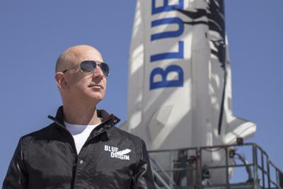 传贝索斯的火箭公司明年推太空游:价格最低20万美元